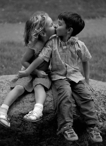 Любовь - это то от чего ты улыбаешься, даже когда устал