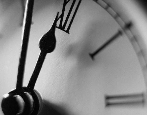 так ломаются часы